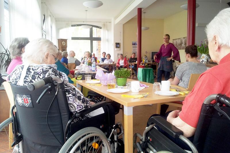 Erzählworkshops für Pflegende/Betreuende von Menschen mit Demenz